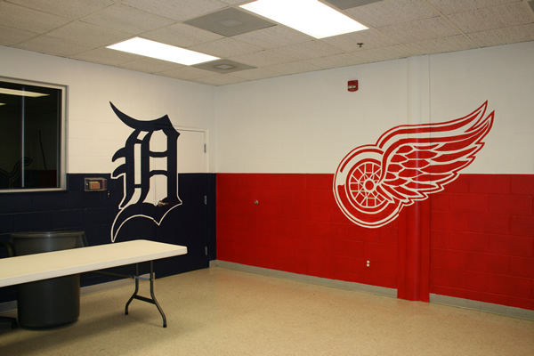 Detroit Tigers   Red Wings Mural. Everything s an Easel provides custom art work in the Canton  Ann